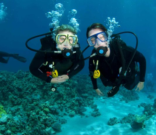 beginner-scuba-diving-lessons-el-nido