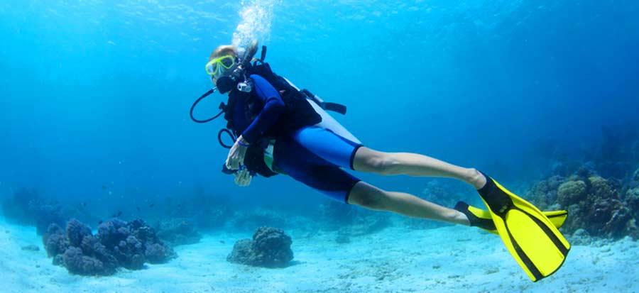 beginner-scuba-diving-lessons-el-nido - Palawan Divers